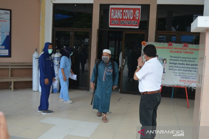 RS Anutapura Palu  pulangkan dua warga Poso yang sembuh dari COVID-19