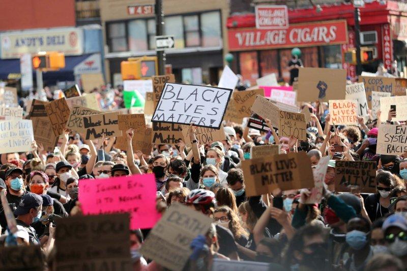 Gubernur New York minta demonstran menjalani tes COVID-19