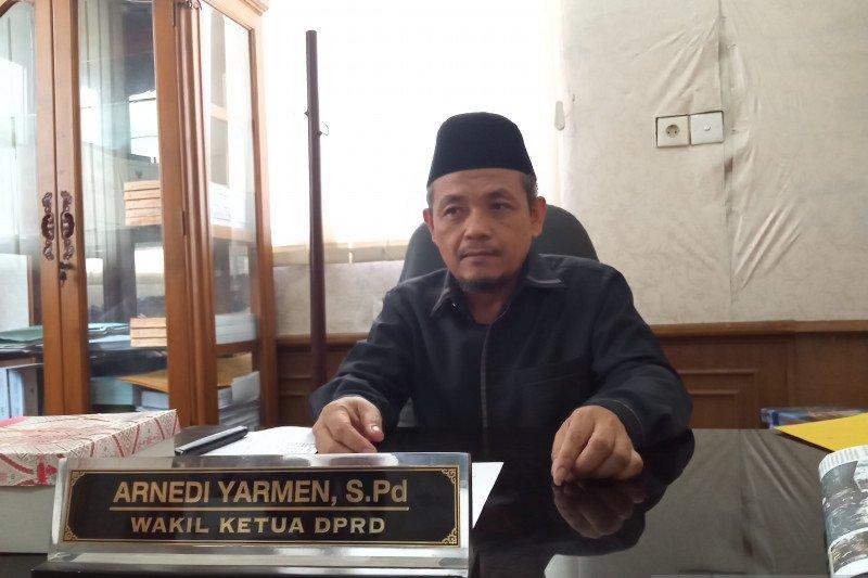Legislator dukung Pemkot Padang rancang Perda standar kesehatan COVID-19