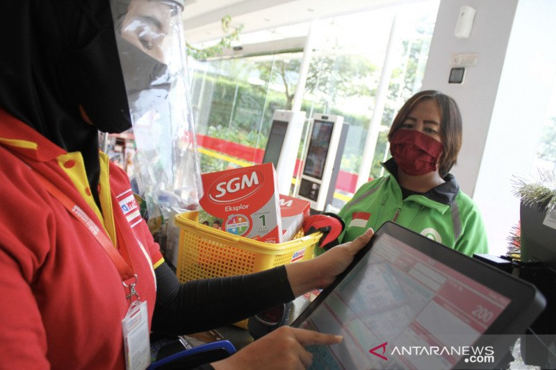 Puluhan ribu ojek 'online' dapat bantuan paket gizi keluarga