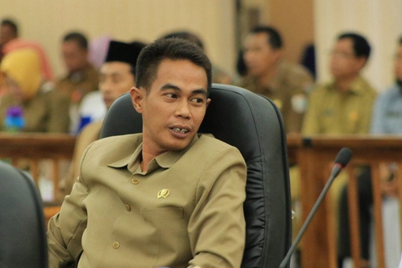 Anggota DPRD apresiasi langkah Pemkab Sumbawa Barat segera usut persoalan APD bekas sampai tuntas