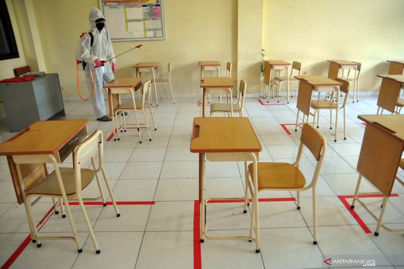 PGRI sarankan pemerintah tetap terapkan pembelajaran jarak jauh