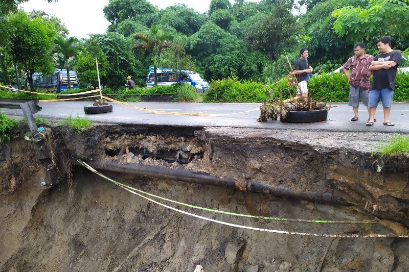 Lintas Sumatera  ruas Bane Pematangsiantar terancam putus