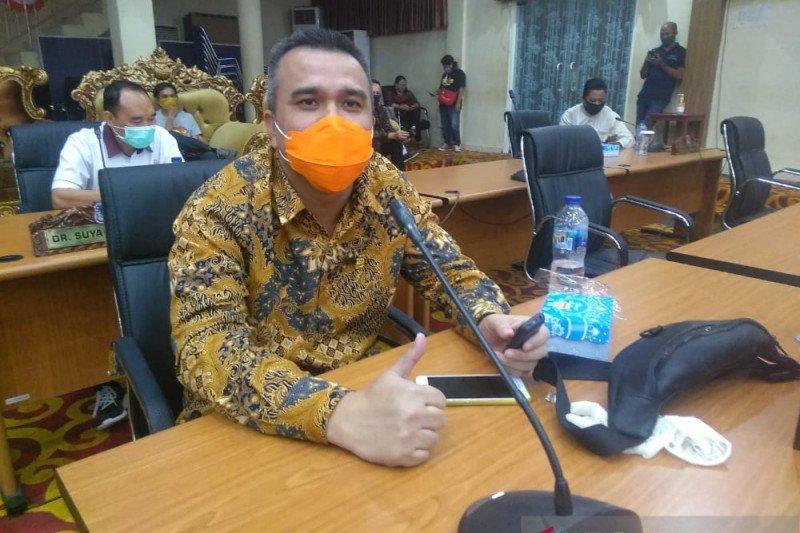 Legislator Ridwan  Marlian desak pemerintah tidak tebang pilih tertibkan rumah makan