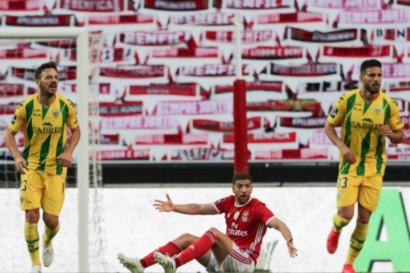 Ditahan imbang 0-0 oleh Tondela, juara bertahan Liga Portugal Benfica tergagap