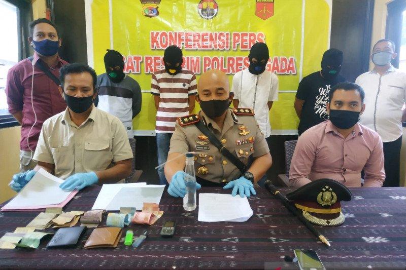 Polisi tangkap empat pedagang bawang pelaku penyalahgunaan narkoba di Ngada