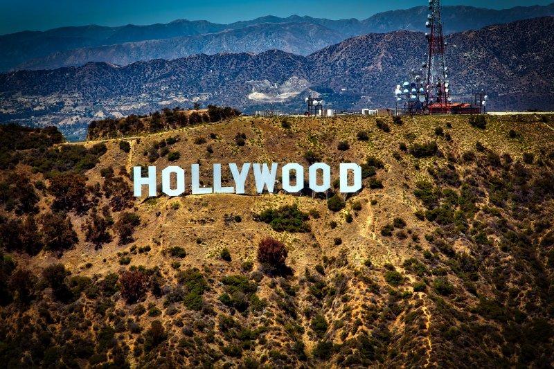 Film dan televisi Hollywood dapat kembali diproduksi bulan ini