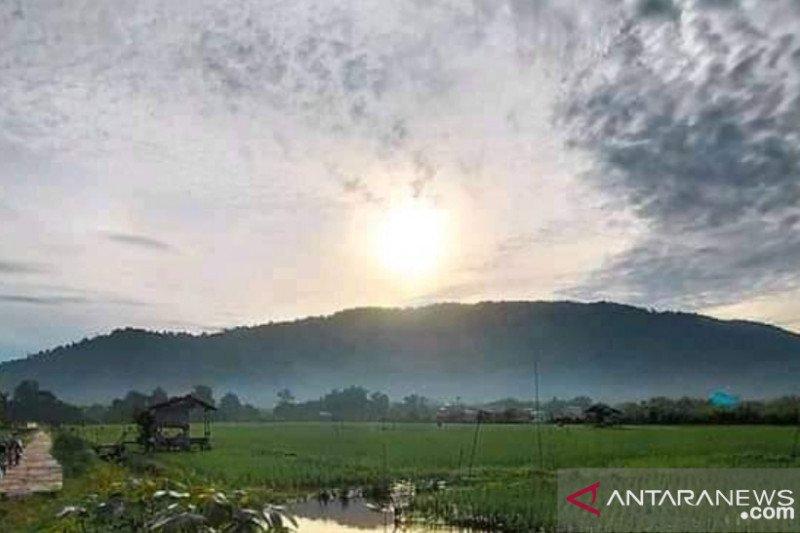 Gunung Senujuh cocok bagi wisatawan suka tantangan saat normal baru