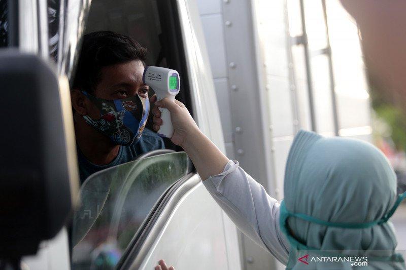 Haruskah gunakan masker saat dalam mobil pribadi?