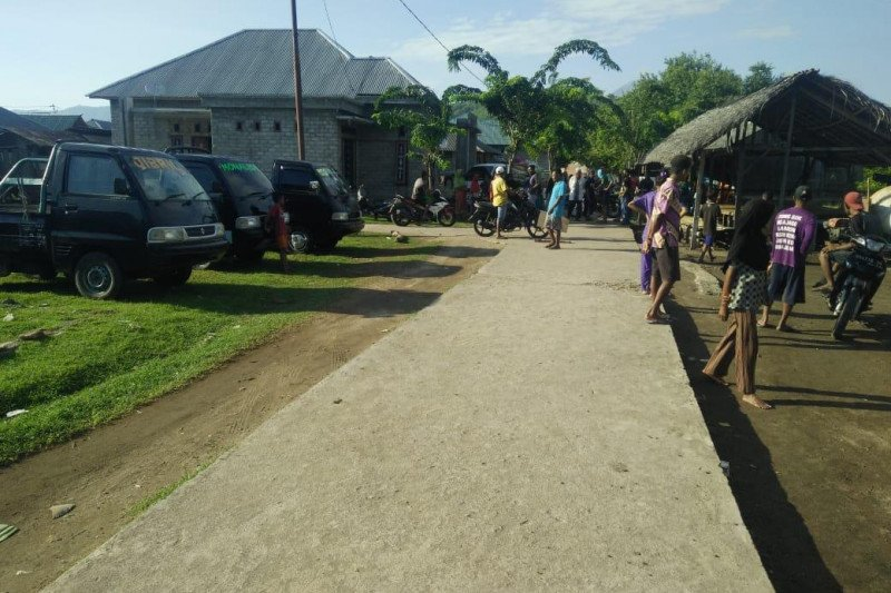 Aksi pelarangan pelintasan angkutan logistik terjadi di Flores Timur