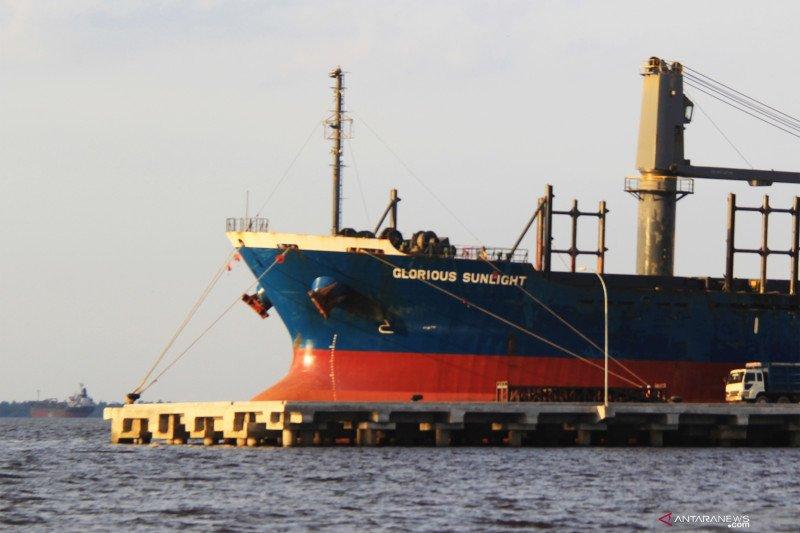 Kapten Kapal asal India berlabuh di Dumai positif COVID-19, varian baru?