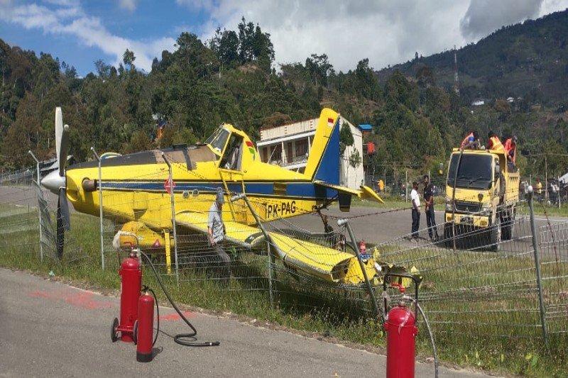 Angkut BBM bersubsidi, pesawat Pelita Air tergelicir di Karubaga Tolikara