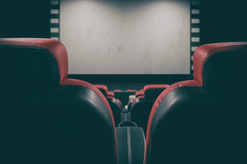 Persiapan bioskop buka kembali saat normal baru