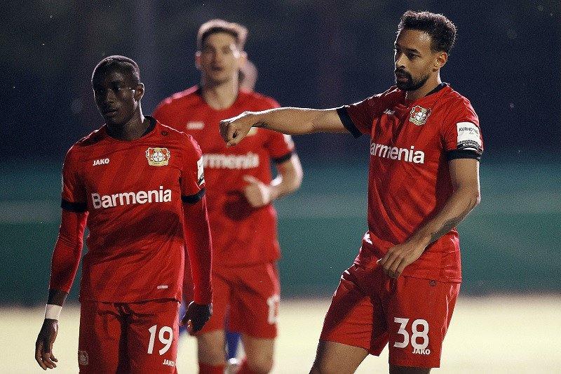 Bayer Leverkusen menundukkan Saarbruecken 3-0