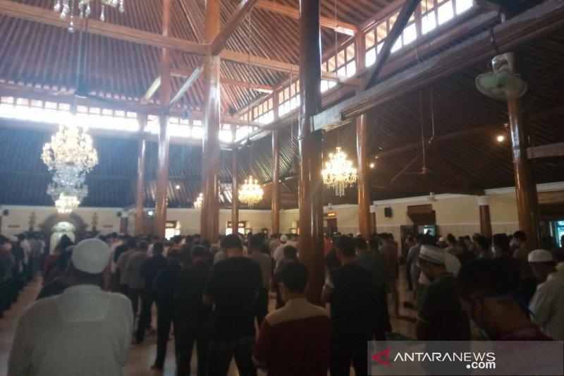 Sejumlah masjid di Solo mulai selenggarakan shalat Jumat