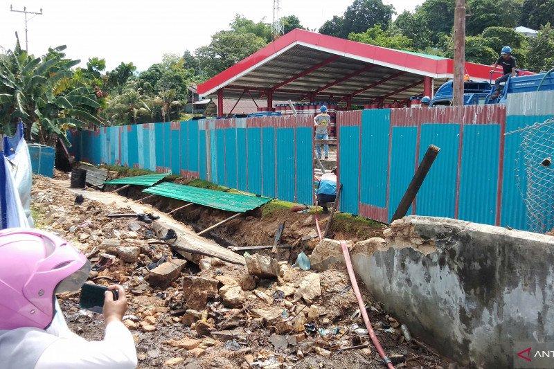 BBM tumpah di Sorong Papua Barat
