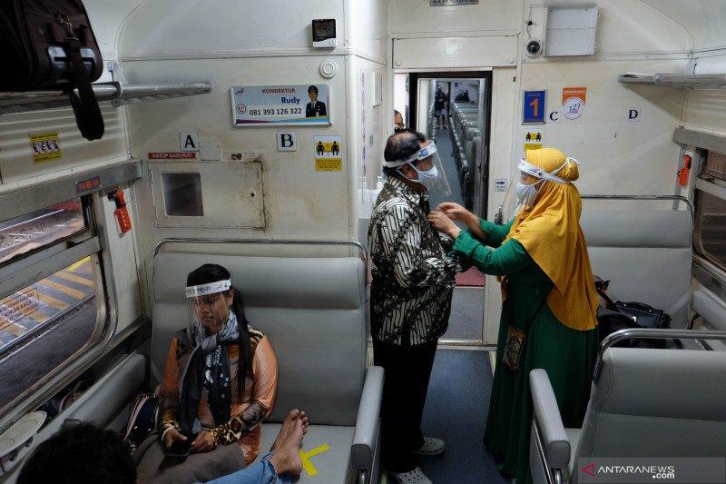 Daop 3 Cirebon catat baru tujuh persen kereta reguler beroperasi