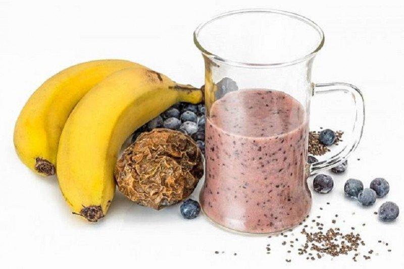 Cara membuat smoothie kaya vitamin untuk sarapan yang lezat dan bergizi
