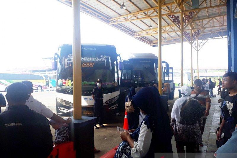 Pemkot Depok belum izinkan transportasi AKDP dan AKAP