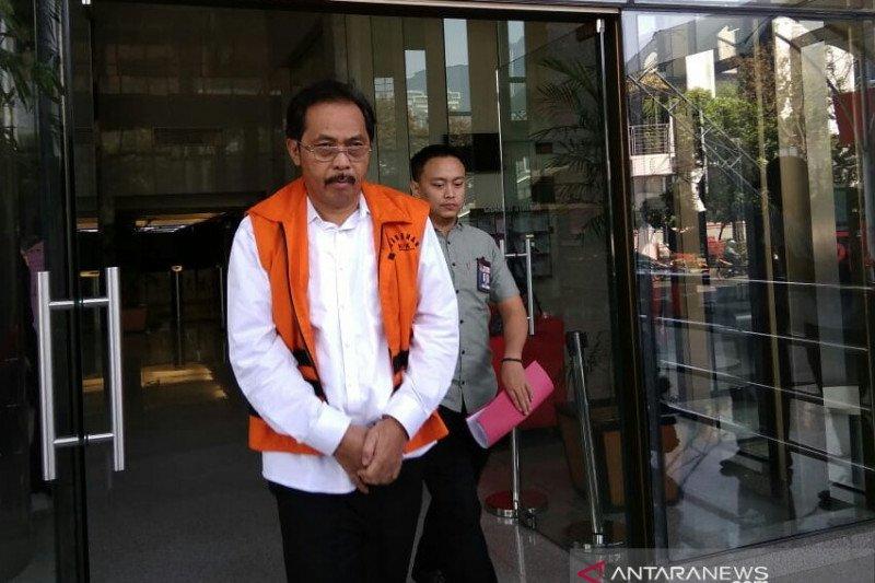KPK setor Rp4,2 miliar uang pengganti perkara mantan Gubernur Kepri Nurdin Basirun