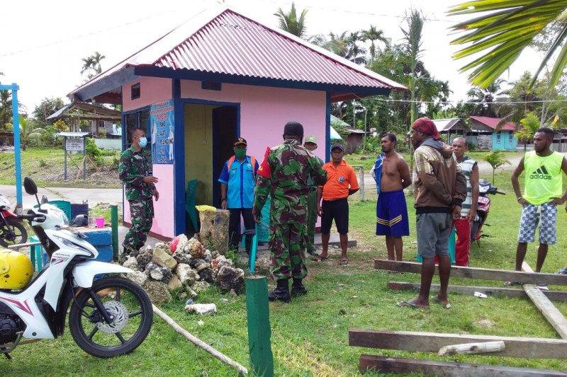 Babinsa Biak sosialisasi pencegahan COVID-19 di Kampung Marao