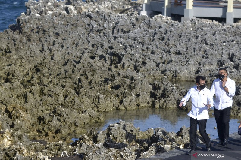 Menparekraf tinjau kesiapan  kawasan wisata Nusa Dua Bali
