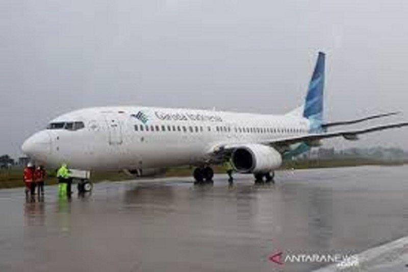 Satu penumpang pesawat Garuda meninggal