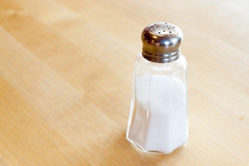 Tips mengatur asupan garam agar tak kena darah tinggi
