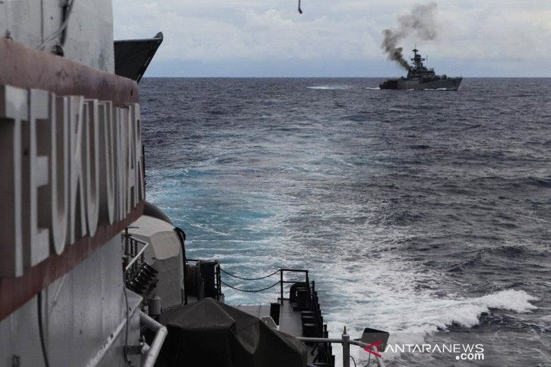 Empat KRI disiagakan untuk meningkatkan pengamanan perairan di Laut Natuna