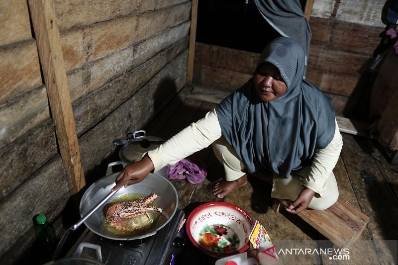 Masakan lezat Lobster ala kampung suku Bajo Tilamuta