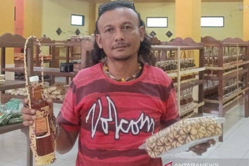 Bisnis oleh-oleh Lombok antara bertahan dan mati suri