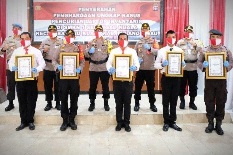 Kapolda Kalteng beri apresiasi lima anggota Polres Pulang Pisau