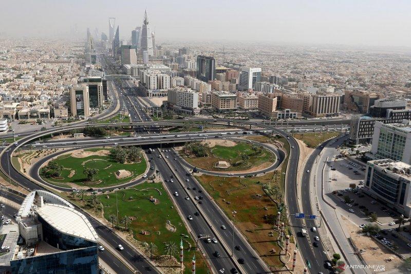 Kasus baru virus corona di Arab Saudi turun
