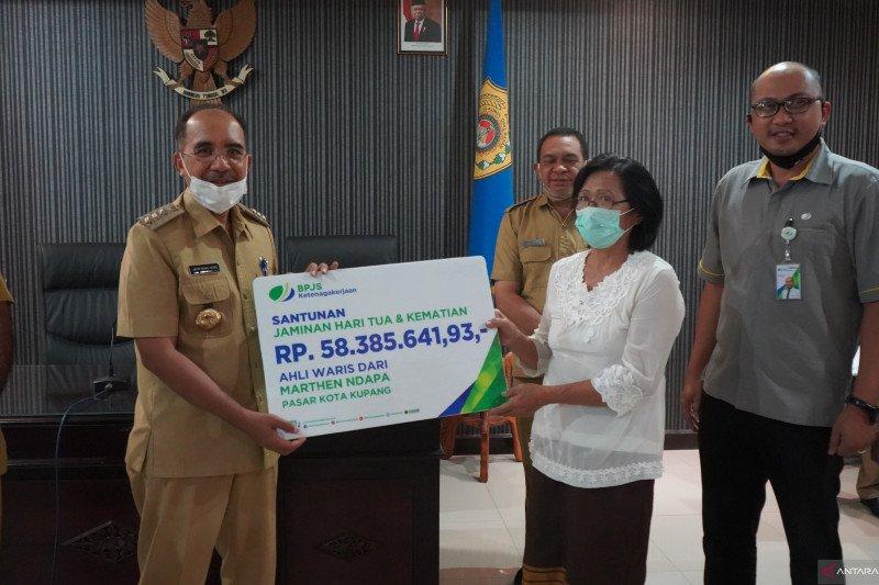 BPJAMSOSTEK NTT distribusikan bantuan COVID-19 untuk Pemkot Kupang