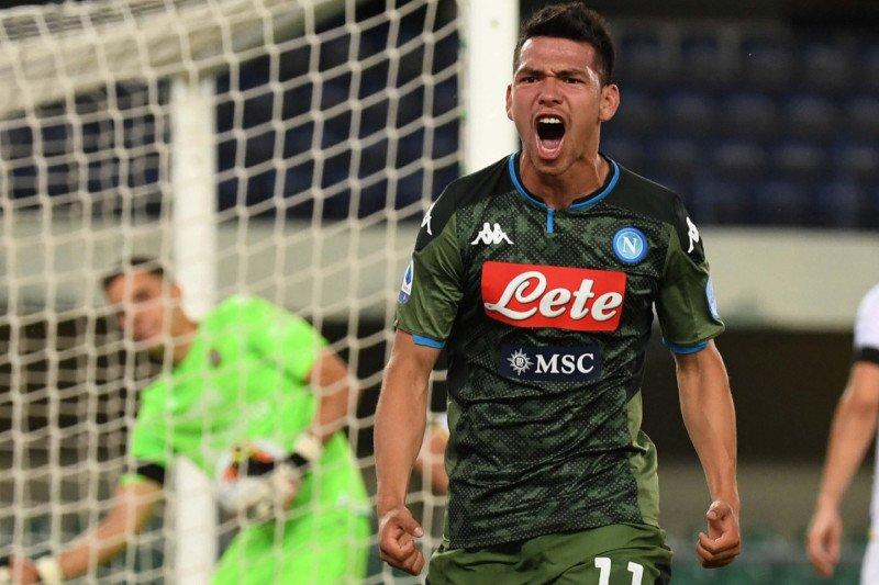 Napoli ke peringkat lima setelah taklukkan Genoa 2-1,