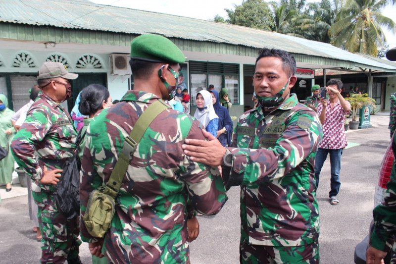 Lima anggota Kodim 0305/Pasaman Barat ke Papua misi operasi teritorial satu tahun