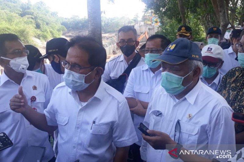 Dwi Sari Waterpark Bekasi dibongkar karena langgar tata ruang