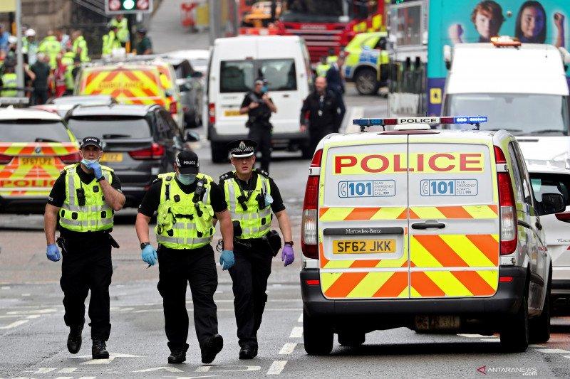 Pelaku penikaman enam orang di Skotlandia ditembak mati