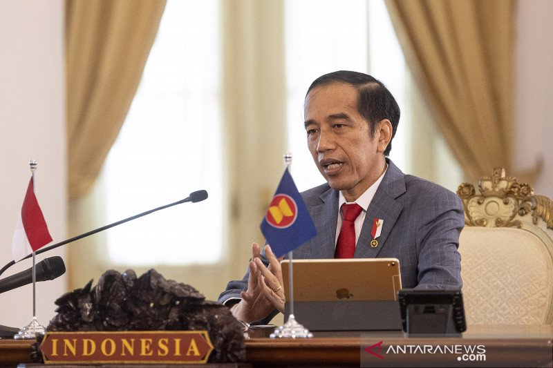 Jokowi highlights endeavors to get out of middle-income trap