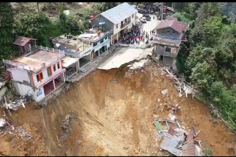 BPBD Sulsel laporkan tujuh rumah hancur akibat longsor di Kota Palopo