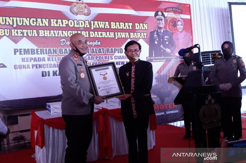 Tes cepat pemecah rekor MURI di Cianjur nihil kasus COVID-19