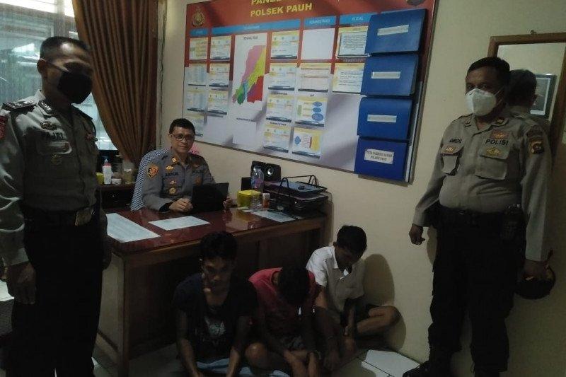 Berbekal rekaman CCTV, Polisi tangkap tiga pencuri di Kantor Lurah Piai Tangah
