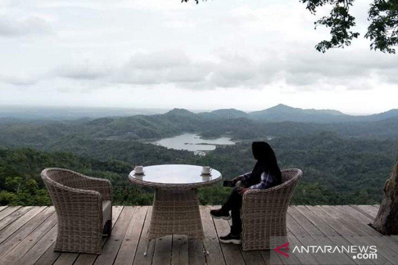 Kulon Progo mengizinkan uji coba pembukaan destinasi wisata Kalibiru