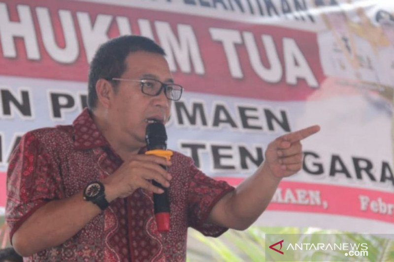 Bupati Minahasa Tenggara ancam berhentikan kepala desa selewengkan bantuan