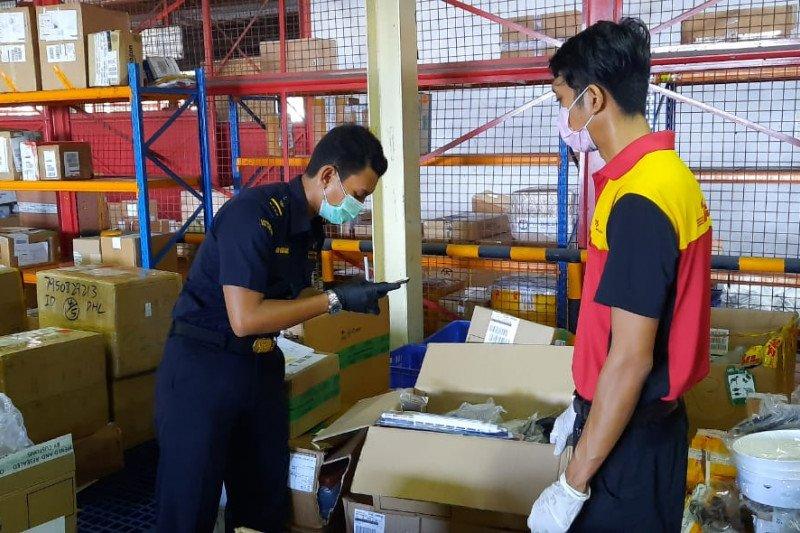 Bea Cukai Ngurah Rai perketat awasi barang bawaan penumpang saat COVID -  ANTARA News