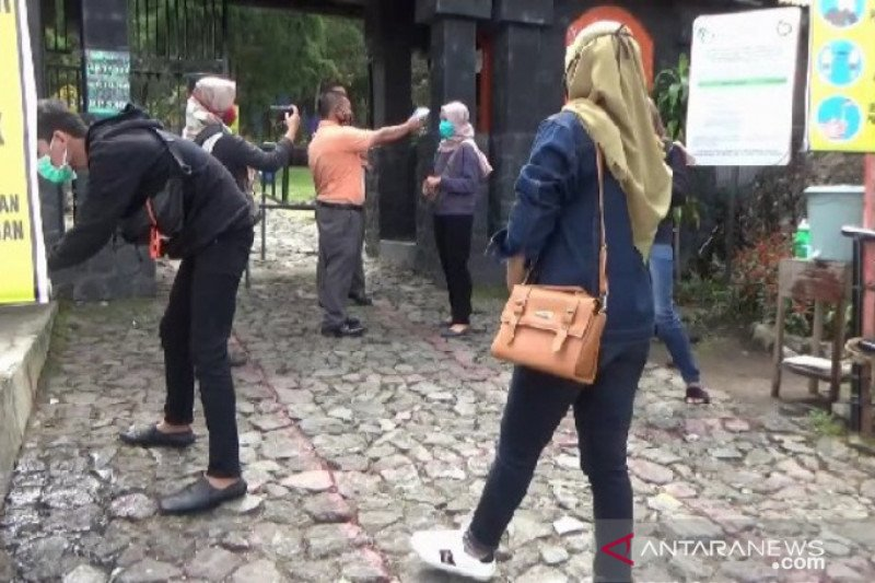 Jalur wisata pendakian Gunung Lawu kembali dibuka
