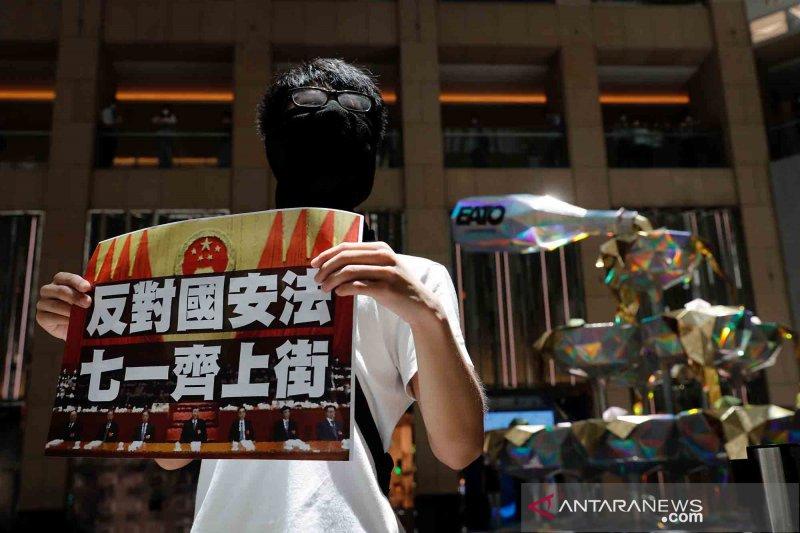 Polisi Hong Kong tangkap terduga penyerang polisi di bandara