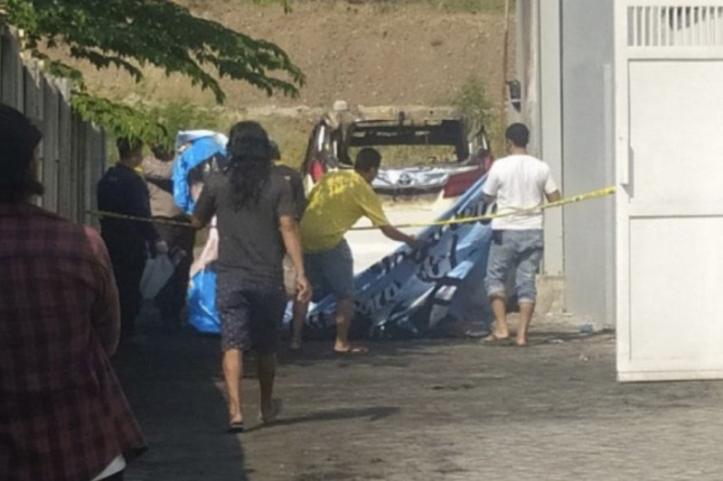 Polres Sidoardjo amankan seorang terduga pembakar mobil penyanyi dangdut Via Vallen