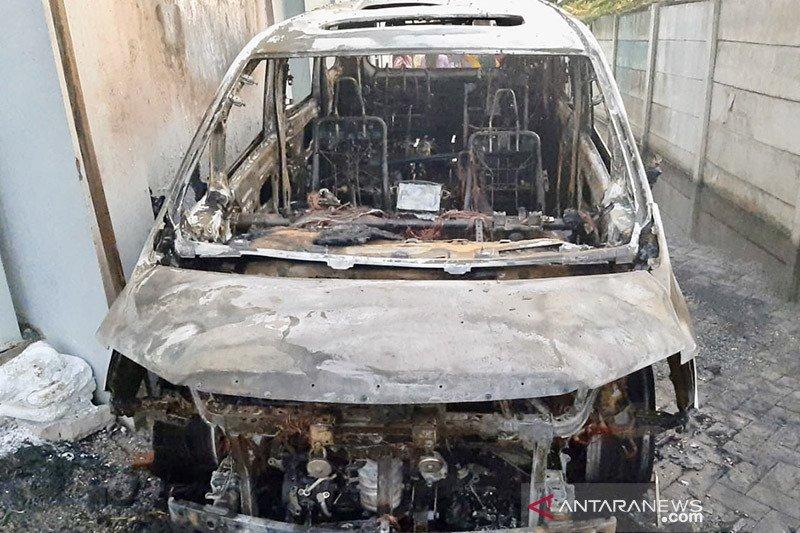 Pandangan psikolog pada kasus penggemar bakar mobil Via Vallen