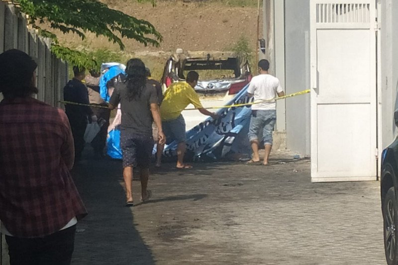 Polisi menyelidiki motif terbakarnya mobil Via Vallen